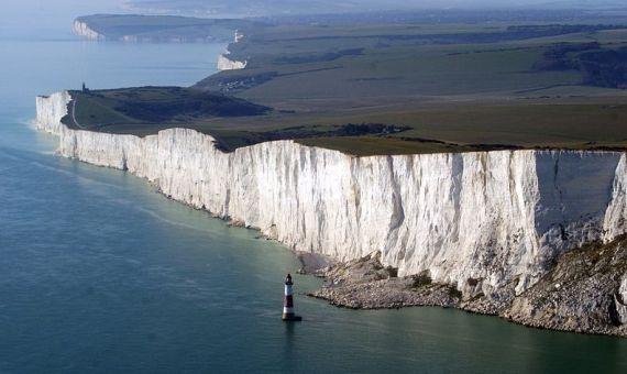 Acantilados del sureste británico. Toda esa roca fue CO2 hace millones de año