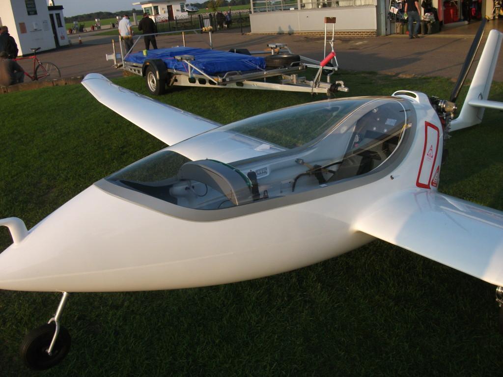 OpenMind-avion-hibrido-Hybrid SONG3