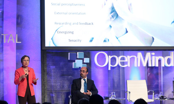 "BBVA-OpenMind-presentación-madrid-reinventar-la-empresa-alison-maitland-Alison Maitland (London Cass Business School) presented her article ""A Gender Power Shift in the Making""."
