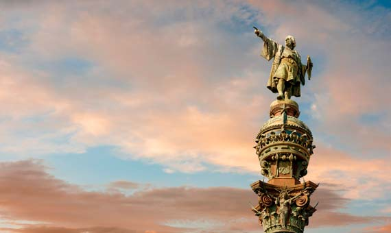 Statue of Christopher Columbus / Shutterstock