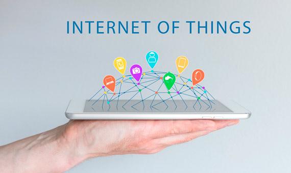 IoT - Magazine cover
