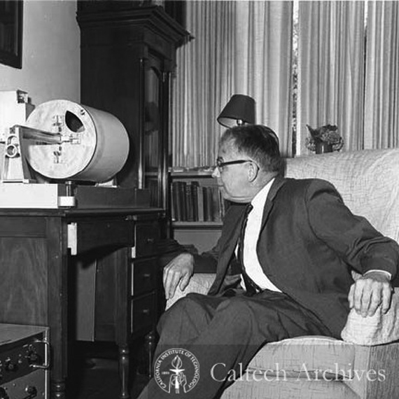 Charles Richter with the seismograph in his living room. Source: Caltech Archives