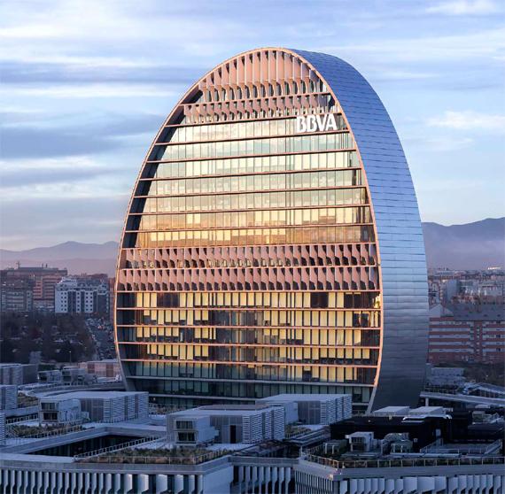 BBVA, OpenMind. El próximo paso en finanzas: la banca exponencial. Francisco Gonzalez. Herzog & de Meuron Sede corporativa de BBVA en Madrid, España. Conocida como La Vela, es el icono del nuevo BBVA