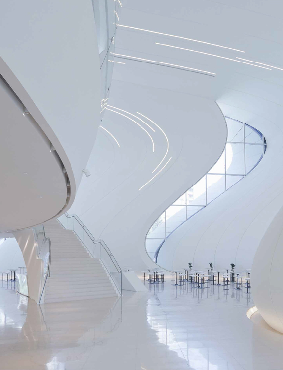 BBVA, OpenMind. Human Legacies When Robots Rule the Earth. Hanson. Zaha Hadid Architects, Heydar Aliyev Centre (2013), in Baku, Azerbaijan.