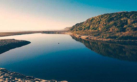 river / ocean Image: Max Pixel