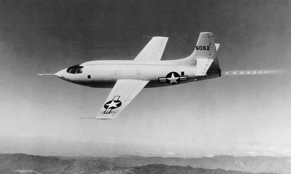 El Bell X-1 en vuelo. / Crédito: U.S. Air Force