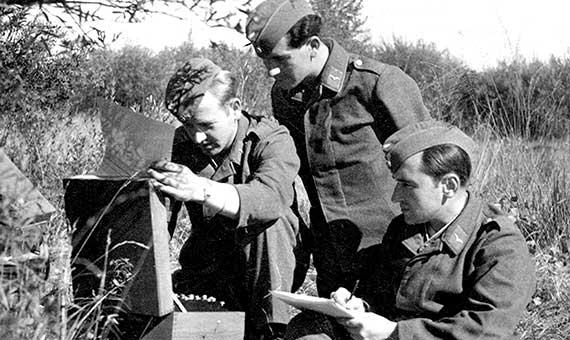 """Turing y los criptoanalistas británicos detectaron la existencia de """"puntales"""" en los mensajes de Enigma. Crédito: Helge Fykse"""