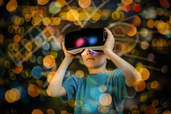 BBVA-OpenMind-Libro 2018-Perplejidad-Mansell-realidad-virtual-La realidad virtual es un desarrollo tecnológico que abraza la inteligencia emocional.