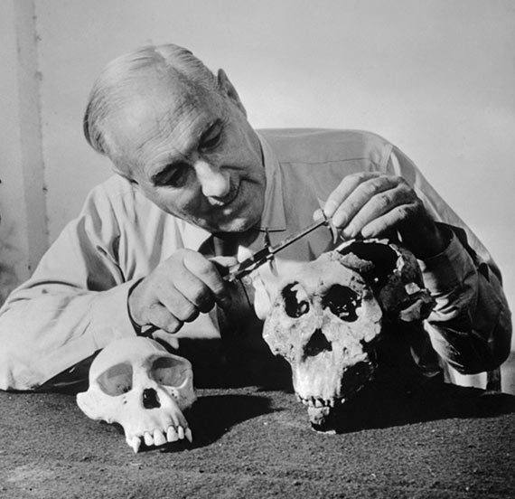 Leakey convinced the scientific community that the cradle of mankind was on the Dark Continent
