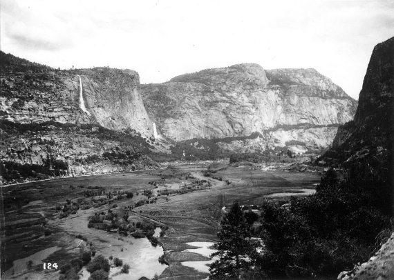 BBVA-OpenMind-Materia-Muir, Roosevelt y la acampada que salvó la naturaleza en EE.UU-Muir 3