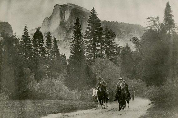 BBVA-OpenMind-MAteria-John Muir y Theodore Roosevelt a caballo, en el Valle de Yosemite. Fuente: Sociedad Histórica de California