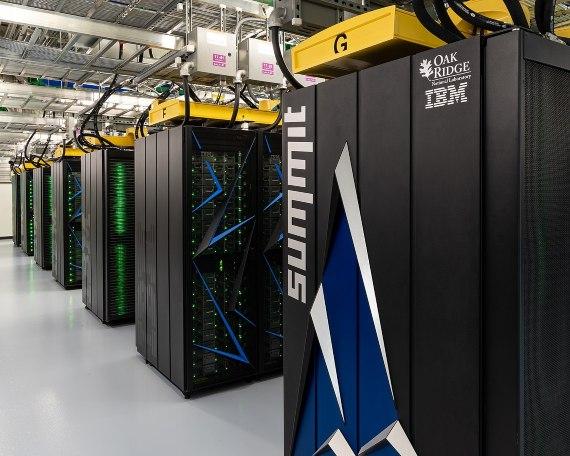 El supercomputador Summit es el más potente del mundo en la actualidad. Credit: Carlos Jones/ORNL