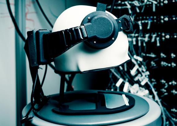 BBVA-OpenMind-Materia-¿Estamos preparados para la llegada del neurocapitalismo-Neurocapitalismo 3-Prototipo de la interfaz cerebral empleada por Facebook para 'leer' palabras pensadas. Crédito: Facebook Reality Labs