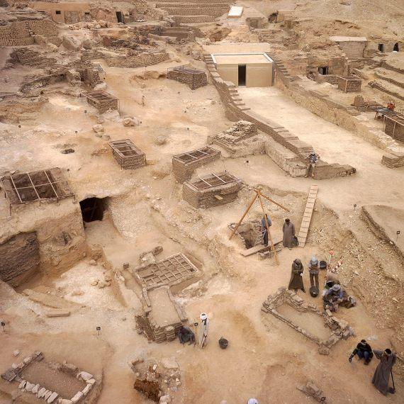 BBVA-OpenMind-Eugenia Angulo-nuevas técnicas de la Egiptología-Egipto-El yacimiento del Proyecto Djehuty. Crédito: Proyecto Djehuty