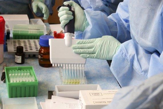 BBVA-OpenMind-Javier Yanes-El virus que ha cambiado la ciencia- la COVID-19-Publicaciones 4-La pandemia de COVID-19 está provocando un terremoto en el sistema científico. Fuente: PH