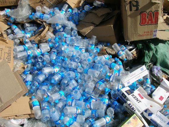 BBVA-OpenMind-Materia-Historia del reciclaje 5-Los residuos plásticos son uno de los principales problemas medioambientales. Fuente: Phere