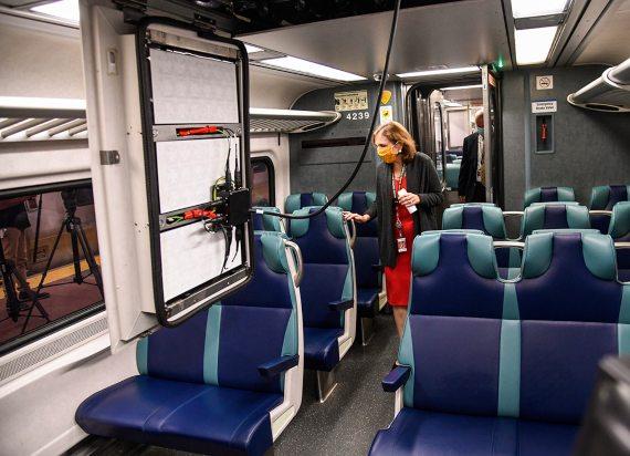 BBVA-OpenMind-El mundo tras la pandemia la ciencia se hace más Interdisciplinar 2-La MTA de Nueva York ha introducido en dos de sus servicios de ferrocarril una nueva tecnología de filtración del aire. Crédito: Marc A. Hermann / MTA New York City Transit