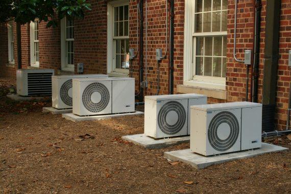 BBVA-OpenMind-Repintar los edificios para enfriar de manera más sostenible-Enfriamiento_sostenible_4-El enfriamiento radiativo debe enfrentarse al aire acondicionado, que es accesible y familiar. Fuente: PH