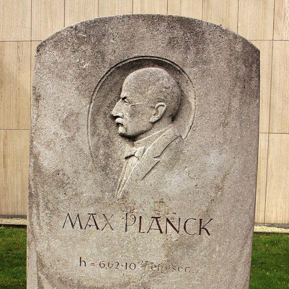 BBVA-OpenMid-Materia-camino para entender la física cuántica-Historia_quantica-2-Max Planck fundó la teoría cuántica en 1900 Crédito: Rüdiger Stehn-Max Planck founded quantum theory in 1900