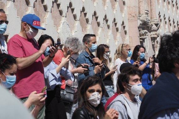 El uso de las mascarillas podría crear una falsa sensación de seguridad que lleve a la población a asumir mayores riesgos