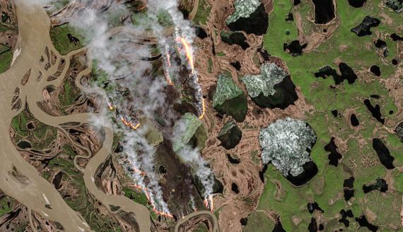BBVA-OpenMind-ocurre en el Ártico nos afecta a todos-Calentamiento global 5-Incendio forestal en la República de Sajá, en Siberia. Crédito: Pierre Markuse