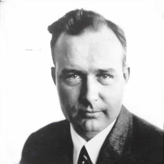 BBVA-OpenMind-Thomas Midgley-inventor más dañino de la historia-3-Midgley participó en conferencia de prensa en 1924 para demostrar la aparente seguridad del TEL. Fuente: Wikimedia