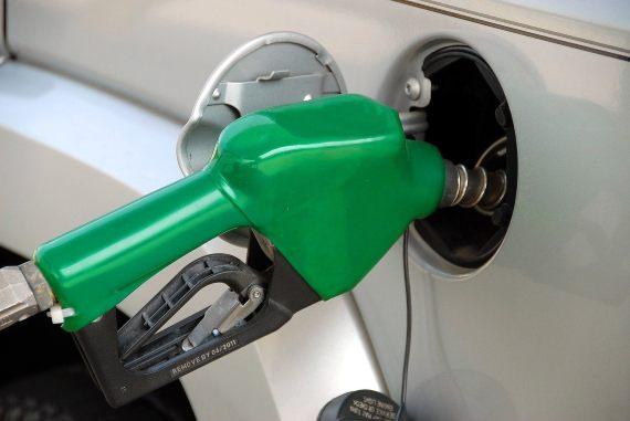 BBVA-OpenMind-Thomas Midgley-inventor más dañino de la historia-4-El abandono de la gasolina con plomo se completó en los primeros años del siglo XXI. Fuente: Pixabay