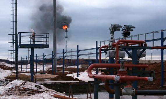 BBVA-OpenMind-Metano- la otra gran amenaza del cambio climatico 4-La limitación del uso de combustibles fósiles (petróleo y gas) es clave para la reducción de concentración de gas metano en la atmósfera. Fuente: wallpaperflare